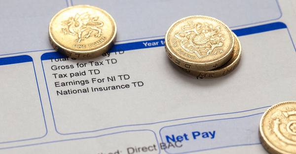 Average pay increases as UK staff numbers grow
