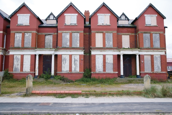 Numbers of empty homes falls, says HCA research