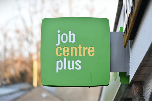 Universal Credit applications approach one million in two weeks