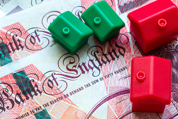 Bank of England: house prices could fall by a third in no-deal