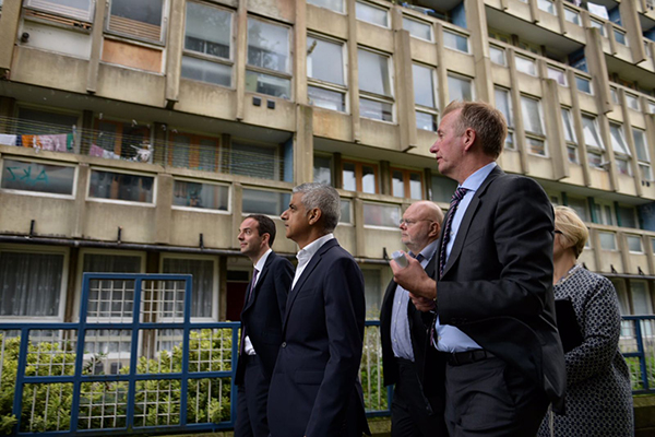 Khan urges ministers to back council housebuilding in London