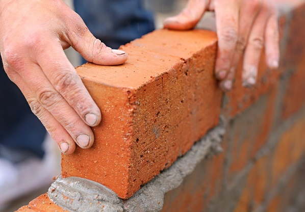 Local housing companies could build up to 15,000 homes a year, says report