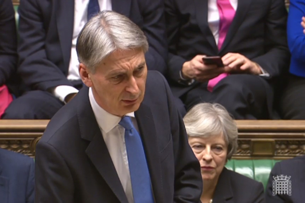 Chancellor announces £1.5bn package of Universal Credit changes