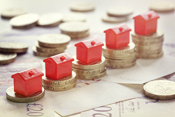 Housing association operating surpluses at record levels despite rent cut, says Moody's