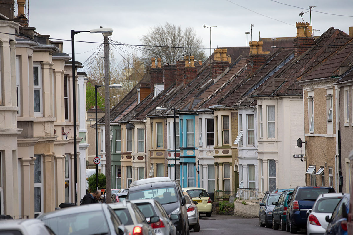Leasing council homes to charities