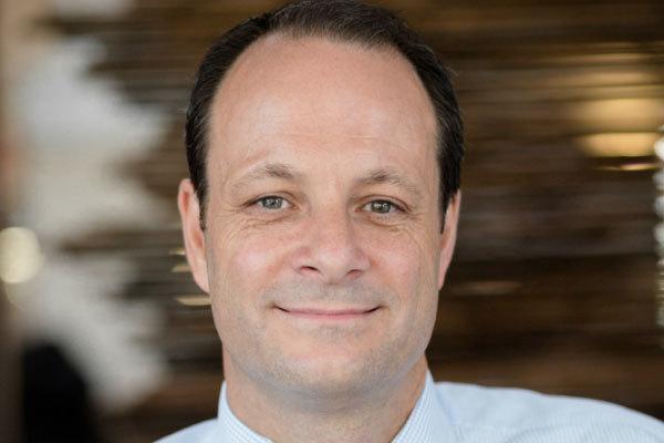 Kier chief executive steps down