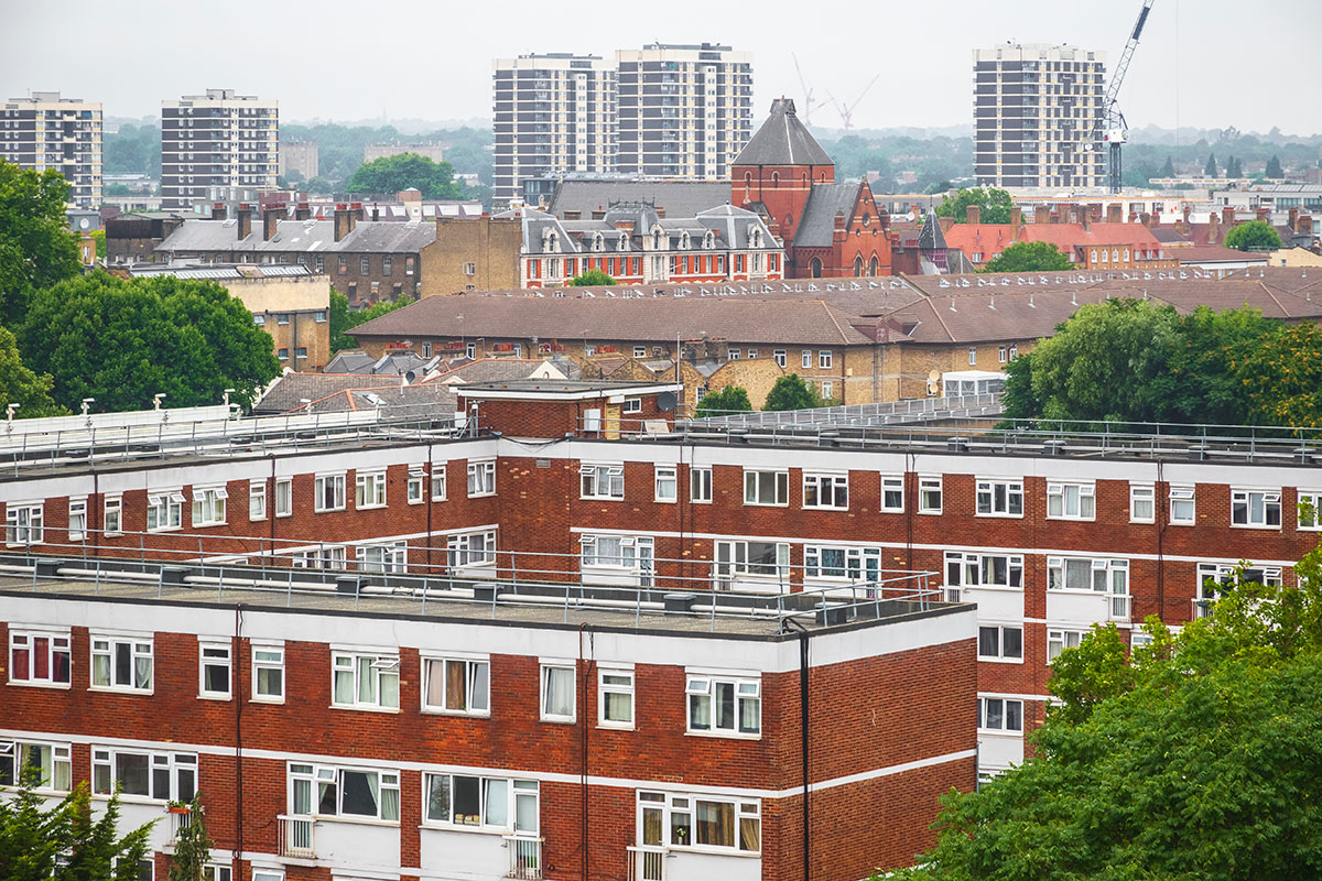 Social landlords must write code of conduct to protect leaseholders, MPs say