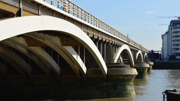 Grosvenor Railway Bridge was opened in 1859, with 40 million journeys made across it every year