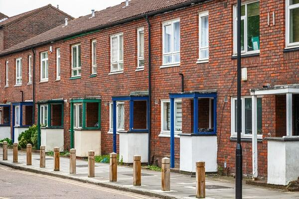 Social Housing White Paper to toughen regulator and strengthen ombudsman, says government