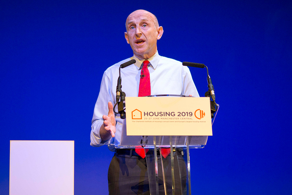 Labour pledges ban on leasehold ownership