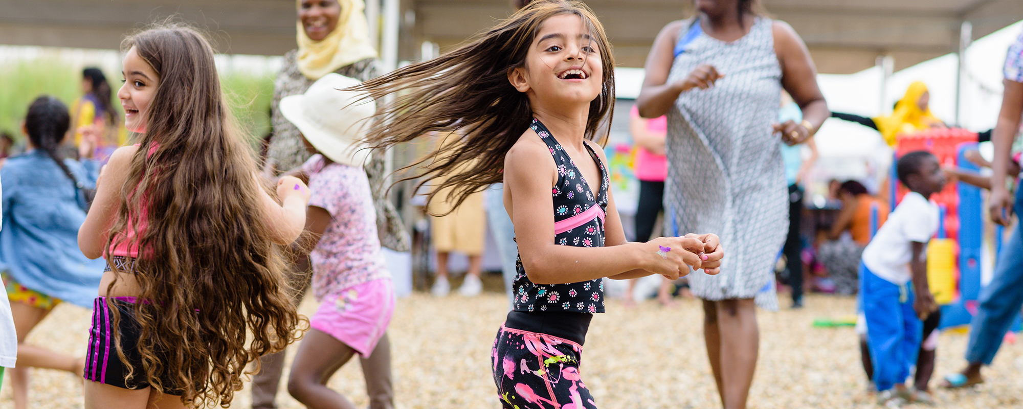 Nearness, wildness, secretiveness and possibility: developing the ideal space for play