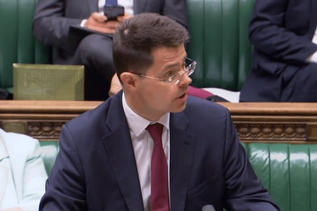 'Poor doors' proposal is 'not a total ban', government confirms