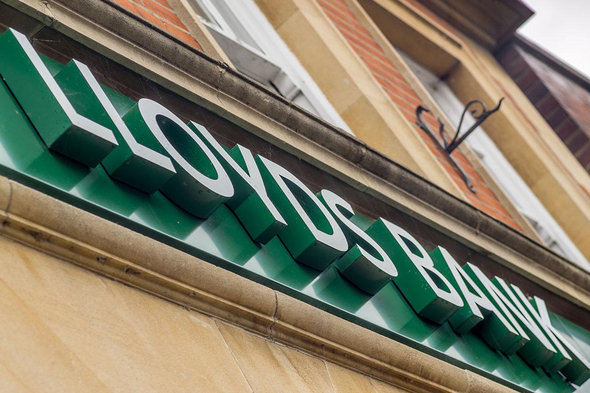 Lloyds Bank internal job ad reveals aim to be 50,000-home landlord