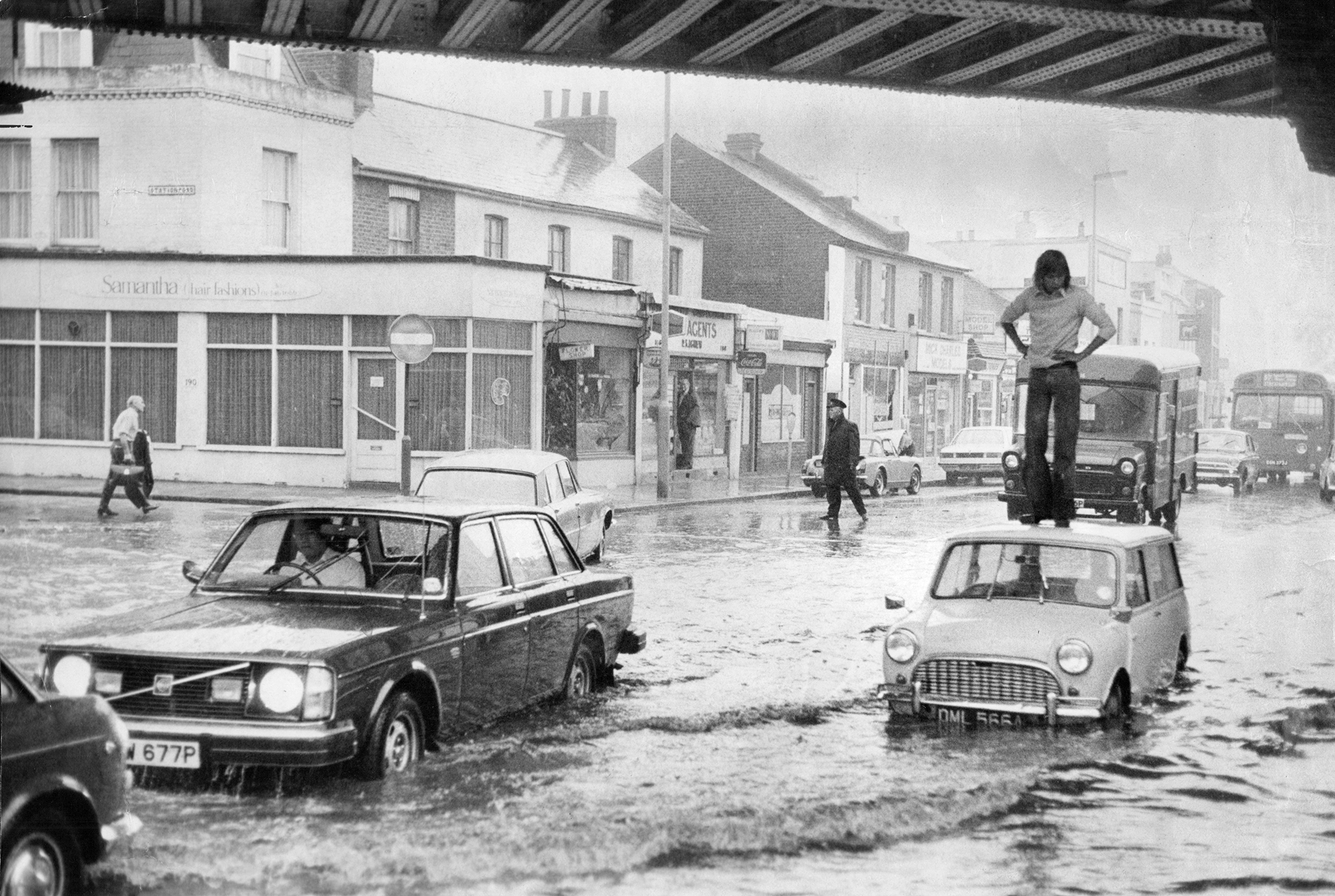 Kingston flooded in 1976, when severe drought was followed by twice the average rainfall. Photo: Rex