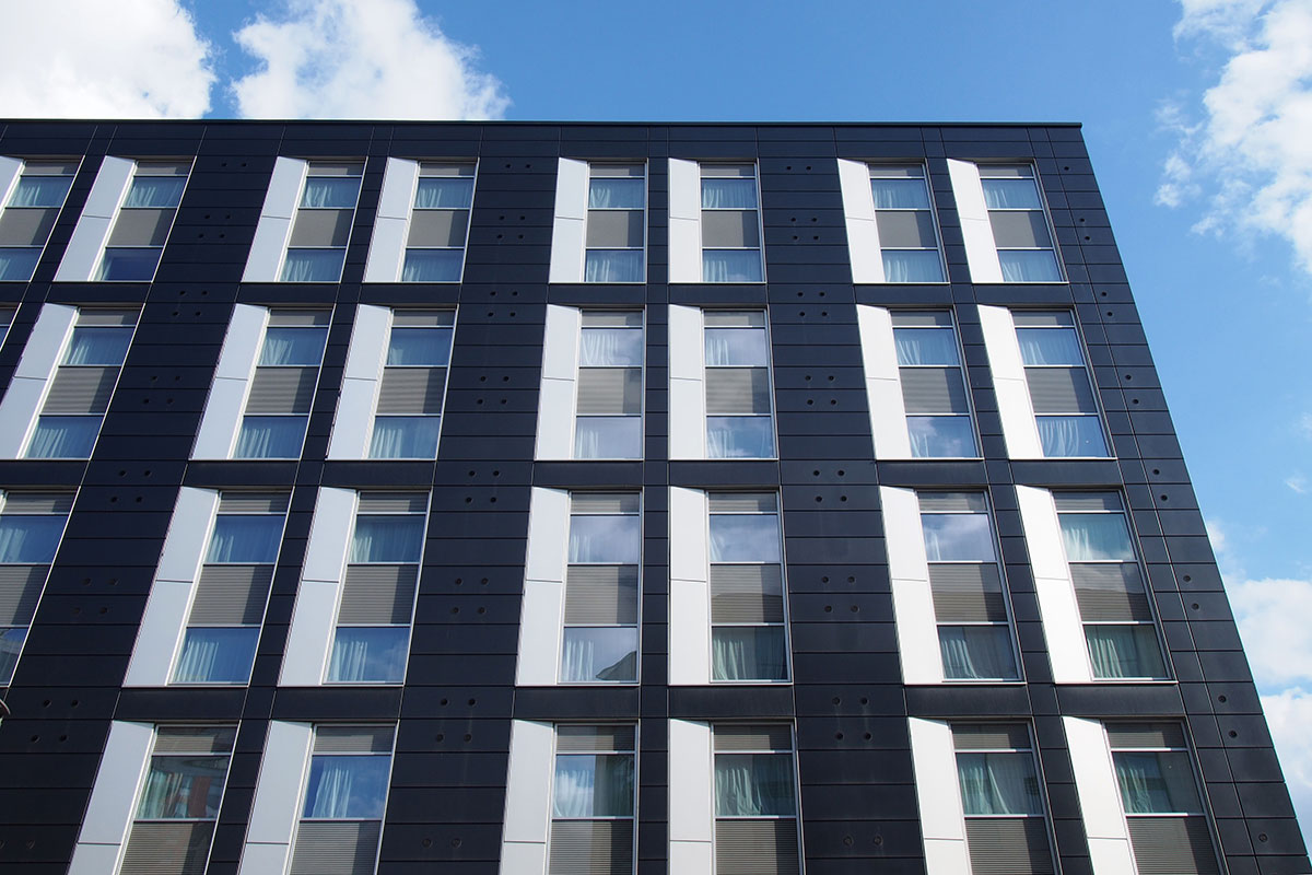 More than 100,000 medium-rise buildings outside scope of fire safety measures, minutes reveal