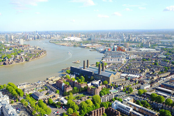 London borough estimates £985m cost to make all buildings carbon neutral