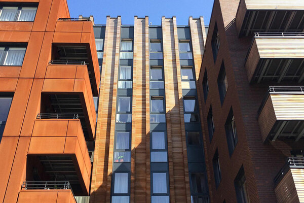 Large association to make shared owners pay full cladding bills if it can't recoup costs
