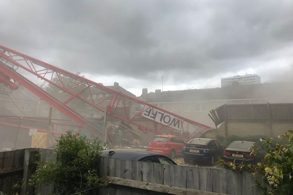 Nearly 100 people evacuated from homes following fatal crane collapse at Swan site