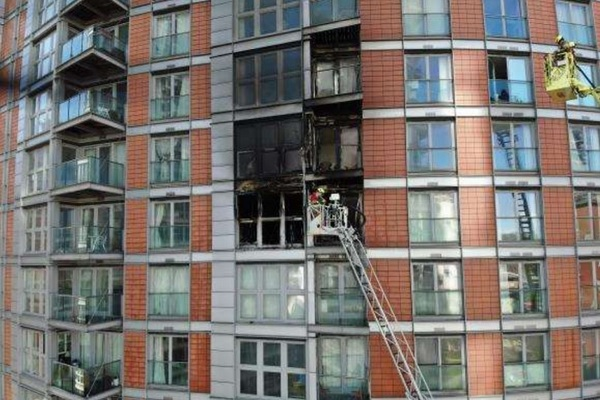 New Providence Wharf: building acted like 'broken chimney', fire brigade investigation finds