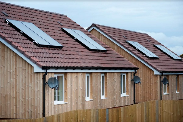Two large housing associations partner with university on decarbonisation project