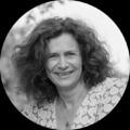 Dr Rosie Rowe
